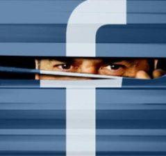 Continuă să curgă amenzile pentru Facebook